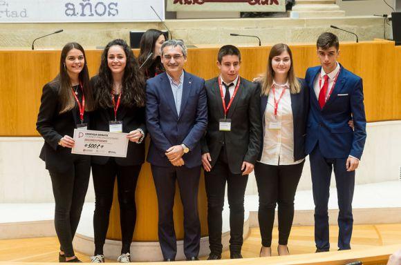 """Imagen de """"Final del Torneo de debate Unirioja"""" 97"""